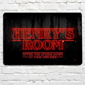 Teenagers room sign, creepy text