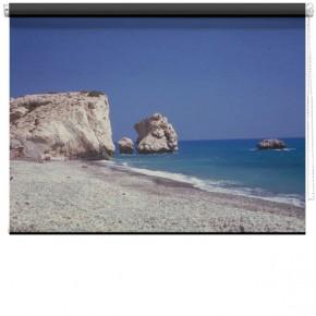 Rocks on beach roller bind