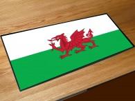 Welsh flag bar runner