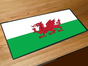 Welsh flag bar runner